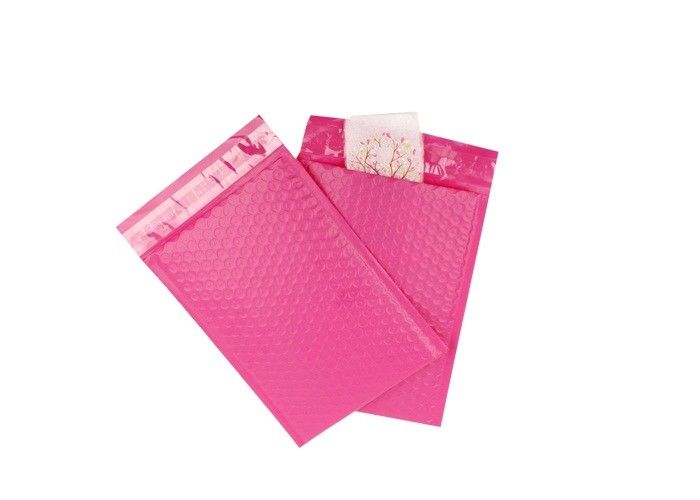 Pink Plastic Bubble Mailing Envelopes Co Extruded Shipping Bags For Gift Packing