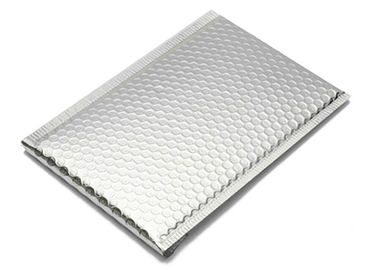 China Silver Metallic Bubble Mailer Envelopes Self Seal Custom Size 6x10 Inch For Mailing factory
